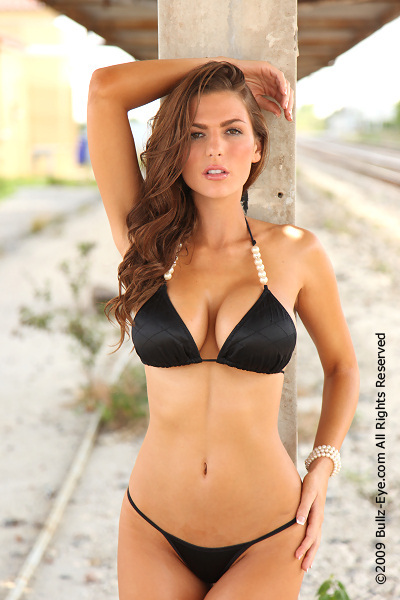 Jillian Beyor shows of her amazing rack.