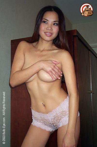 Arielle hand bra