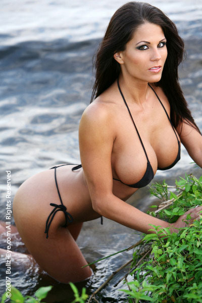 Picture of the Day: Christine fills out her bikini
