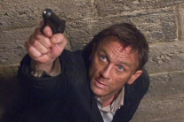 Daniel Craig as 007 takes a defensive pose in