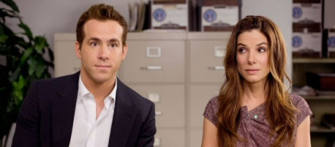 Ryan  Reynolds and Sandra Bullock in