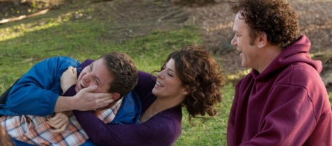 John C. Reilly, Jonah Hill, and Marisa Tomei whoop it up in