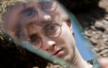 Daniel Radcliffe can probably afford better mirrors than this