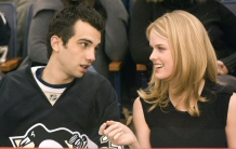 Jay Baruchel and Alice Eve in