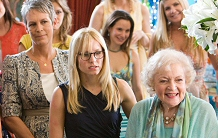 Kristin Bell, Betty White, and Jamie Lee Curtis in