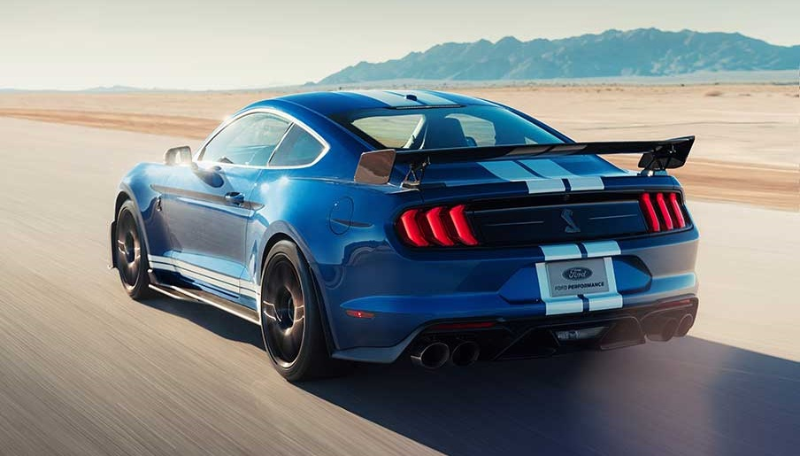 2020 Mustang Shelby GT500 rear view