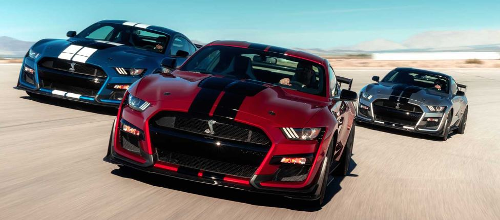 2020 Mustang Shelby GT500 three cars