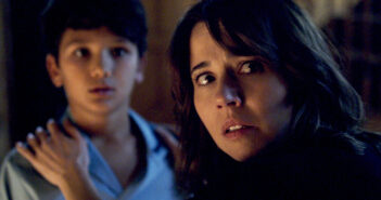"Linda Cardellini in ""The Curse of La Llorona"""