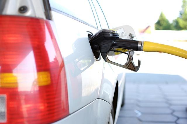 gas in car