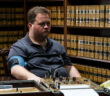 "Paul Walter Hauser in ""Richard Jewell"""