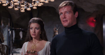 "Roger Moore and Jane Seymour in ""Live and Let Die"""